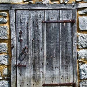 Mccormick Door (vertical)